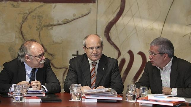 Carod, Montilla y Saura, en una de las últimas reuniones del Gobierno tripartito catalán