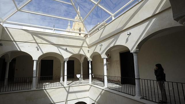 Patio acristalado del Palacio Villalón. FRANCISO MANUEL SILVA