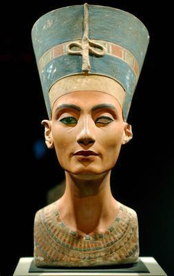 ¿Es auténtico el busto de Nefertiti?