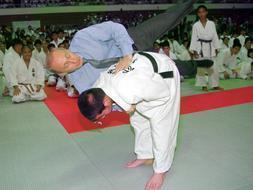 Putin, profesor de Judo en Tokio