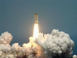 La NASA estudia recortar gastos en los cohetes para regresar a la Luna
