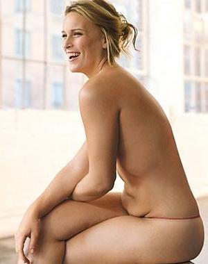 Los michelines de la modelo californiana Lizzie Miller levantan pasiones