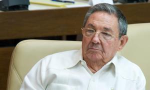 La hija de Raúl Castro dice que su padre debe dejar las «fracasadas fórmulas antiguas»