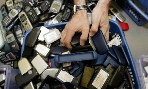 La ONU respalda la fabricación de un único cargador para todos los móviles