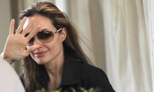 Angelina Jolie, «egocéntrica y psicópata»