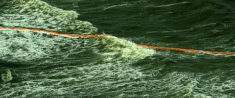 Florida se prepara para evitar un desastre ecológico en sus  costas