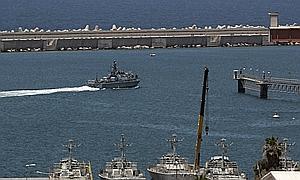 El Ejército de Israel cumple su amenaza y aborda el barco