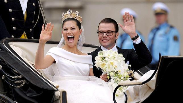 Resultado de imagen para Victoria y el príncipe Daniel boda