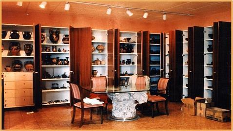 Una de las tres salas de la oficina de Medici en Ginebra.
