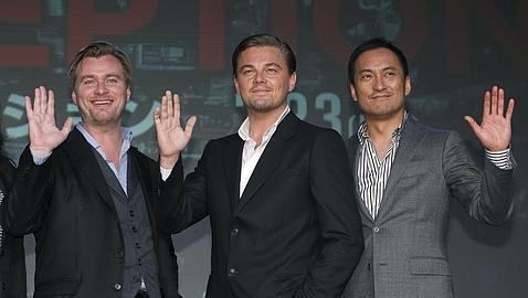 DiCaprio presenta en Tokio �Inception�, un film �surrealista y cerebral�