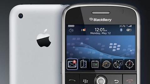 ¿Llegará, por fin, un «iPhone killer» el martes?  Iphone-vs-blackberry-bold--478x270