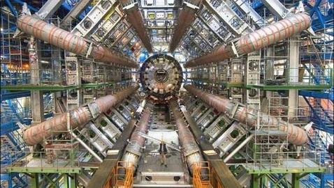 El LHC busca universos paralelos