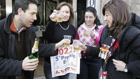 lista numeros premiados loteria de navidad 2006: