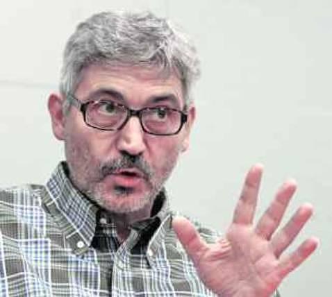 Y.CARDO.- Antonio Robles defiende el compromiso de UPyD en Cataluña