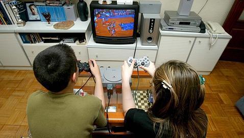 Videos ahora jugando adolescente universitario