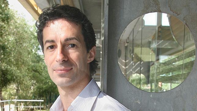 El artista murciano, bailarín estrella de la Ópera de París, será el sustituto de Nacho Duato - jose-carlos-martinez-rocio-ruz--644x362