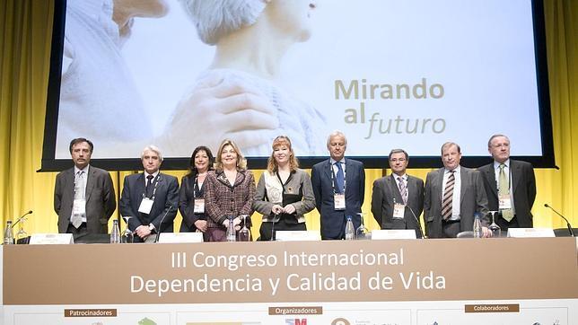 Pajín propone un «gran acuerdo» para el desarrollo de la Ley de Dependencia