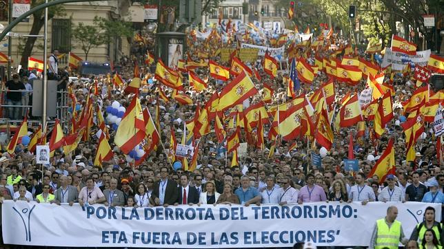 La manifestación de la AVT contra ETA, en imágenes