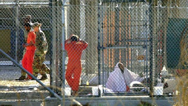 Wikileaks divulga información secreta de la base militar de Guantánamo