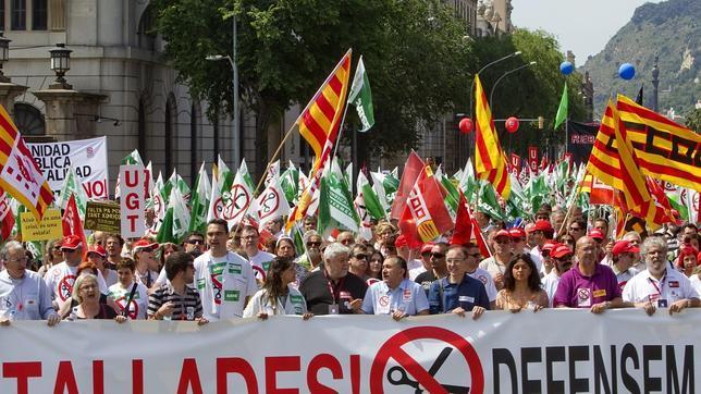 Manifestaci n en barcelona contra los recortes sanitarios for Sanitarios barcelona