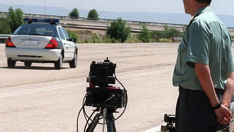 Un  radar sorprende a 207 km/hora al jefe del destacamento de Tráfico de Soria
