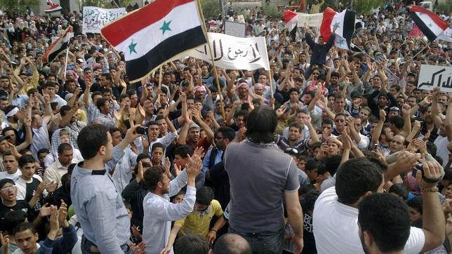 Dos muertos y decenas de heridos en Siria, según los opositores al régimen