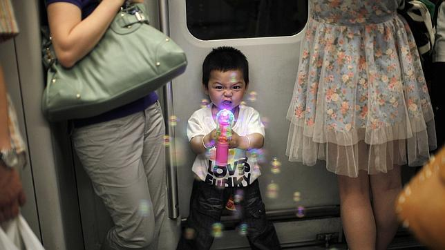 http://www.abc.es/Media/201106/01/NinoChino_Reuters--644x362.jpg