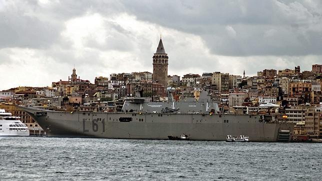 ¿A quién vende material militar España?