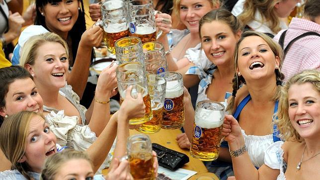 Feliz Cumpleaños ManaPuch Cervezas-efe--644x362