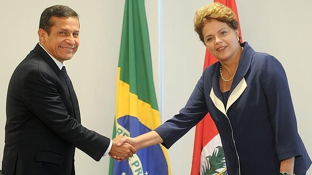 Humala: Cerca de Brasil, lejos de Chávez