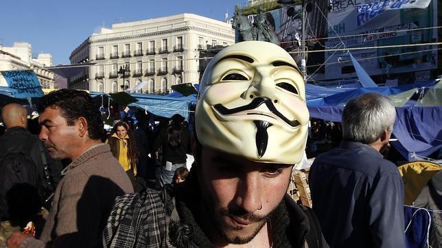 ¿Quiénes son los anónimos de Anonymous?