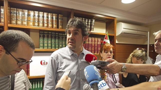 Bildu pide reducir la presencia policial en el País Vasco