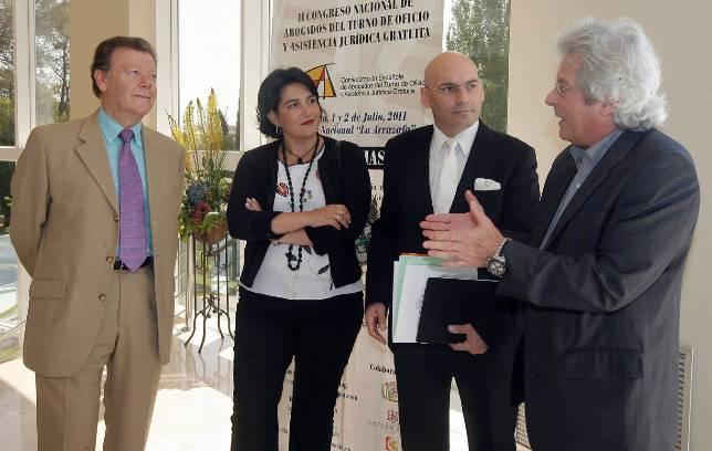 Gómez Bermúdez cree necesario limitar el acceso al turno de oficio