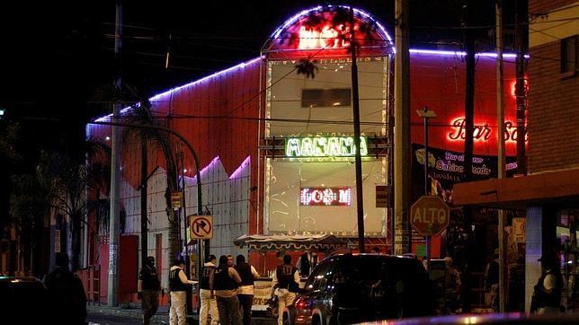 Un grupo de sicarios mata al menos a 20 personas en un bar de Monterrey