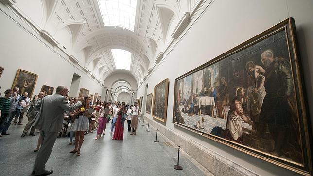 La Galería Central del Prado y la obra de Tintoretto «El lavatorio» a la derecha . ABC. 19-07-2011
