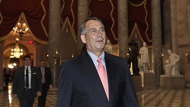 Los republicanos aprueban en la Cámara de Representantes su plan para subir el techo de deuda