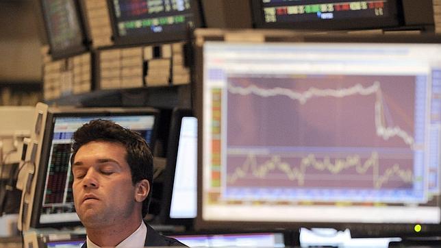 Moody's y Fitch mantienen la máxima nota a EE.UU., pero no descartan una futura bajada