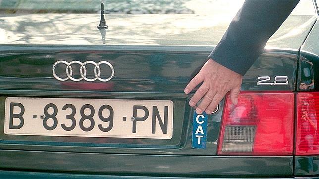 De gispert rechaza poner el cat en la matr cula de su - Matricula coche hoy ...
