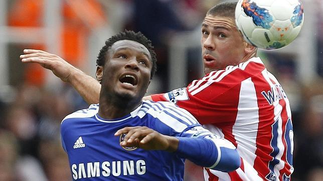 Secuestran en Nigeria al padre del jugador del Chelsea Obi Mikel