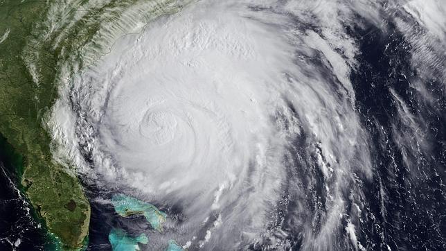 Cerrados los aeropuertos de Nueva York ante la  inminente llegada del huracán