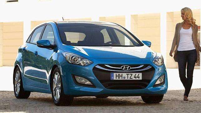 Hyundai i30, otro más en la guerra