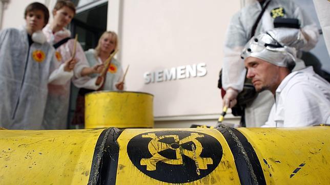 Siemens anuncia el abandono total del negocio nuclear