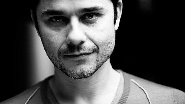 Laurent Binet: «No se puede escribir igual después del cine y las series»