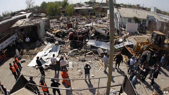 Una «bola de fuego» cae sobre un suburbio de Buenos Aires y mata a una mujer
