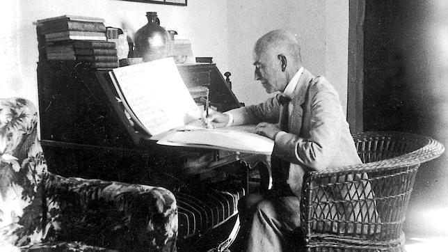 La Biblioteca Nacional devuelve una partitura de Falla perdida hace 50 años