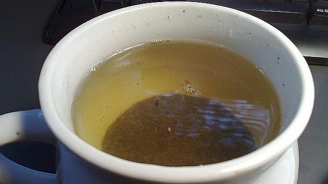 Engordar menos bebiendo té verde
