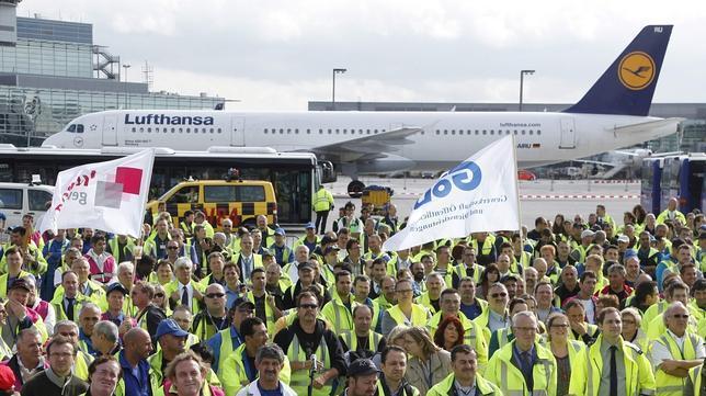 Un tribunal alemán prohíbe los vuelos nocturnos en el aeropuerto de Frankfurt