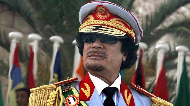Gadafi, una estrella del espectáculo