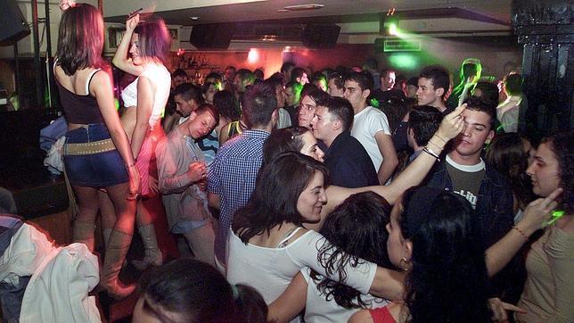 ambiente en el interior de una discoteca
