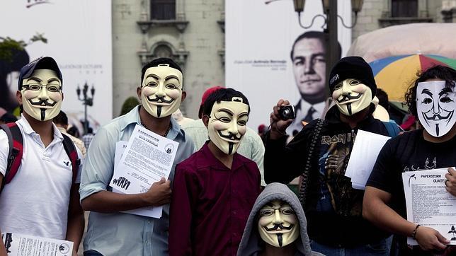 Anonymous ataca 40 portales de pornografía infantil
